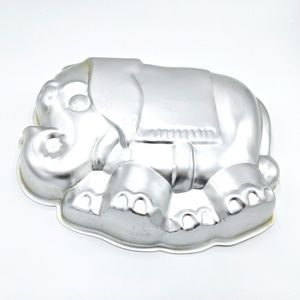 Wilton Elephant Cake Pan 1974 Vintage Baking Decor